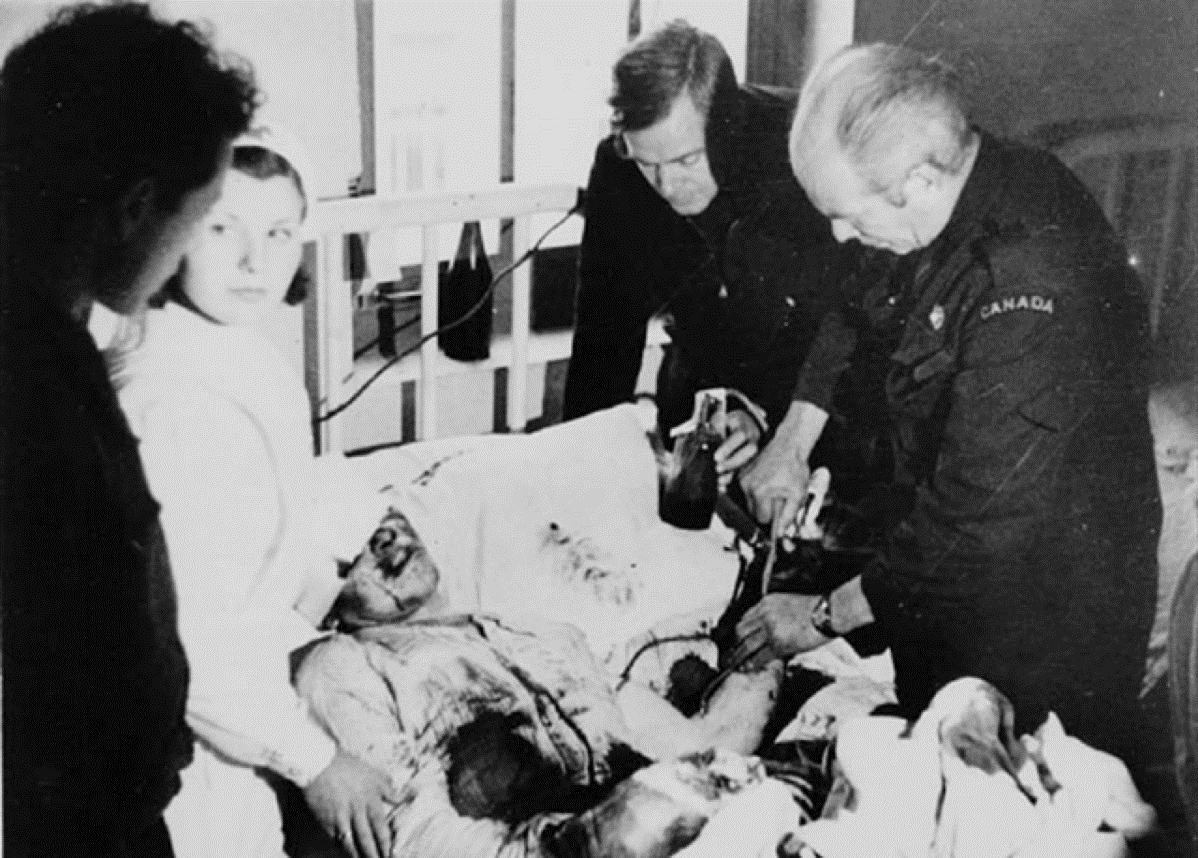 Dr._Norman_Bethune_giving_a_blood_transfusion_during_the_Spanish_Civil_War