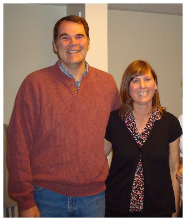 Rob Marshall – donneur et receveur de sang, et employé de la Société canadienne du sang – avec sa femme, Sue