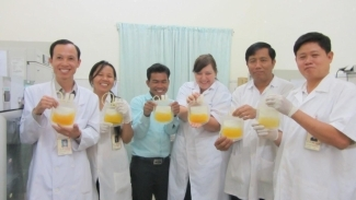 Cambodia's national blood manufacturing team makes platelets
