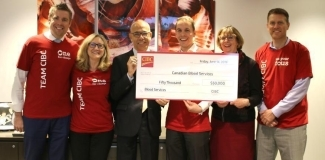 CIBC presented Canadian Blood Services with a donation of $50,000 to help strengthen our national recruitment programs for blood and stem cell donation.